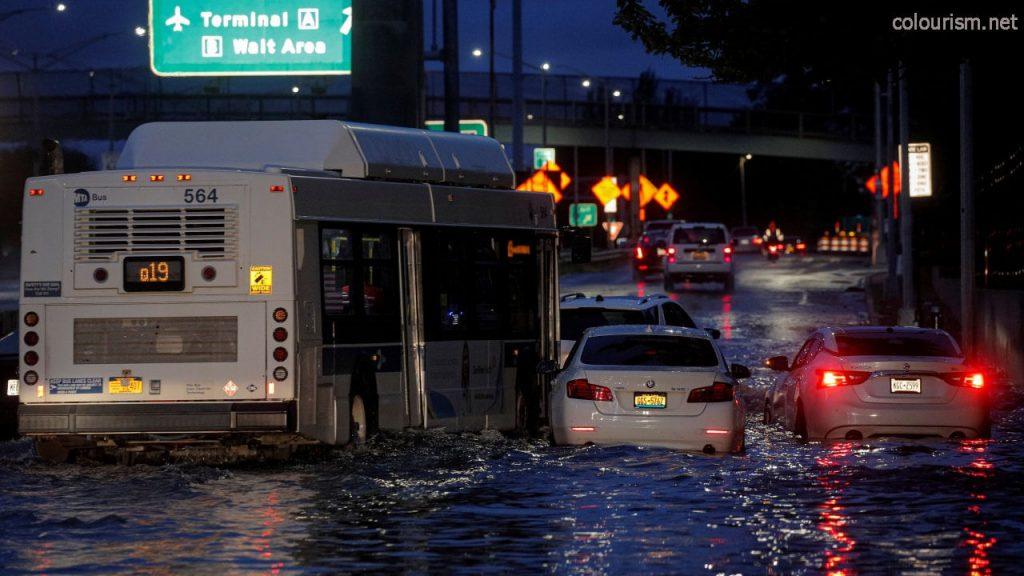 อุทกภัย และพายุไอด้า คร่าชีวิตผู้คนนับสิบประธานาธิบดี โจ ไบเดน แห่งสหรัฐฯ ประกาศภาวะฉุกเฉิน จำเป็นที่จะต้องจัดการกับวิกฤตสภาพภูมิอากาศ